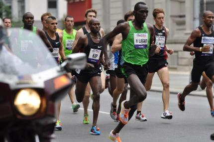 Haron Lagat leading The 5th Avenue Mile race in New York.